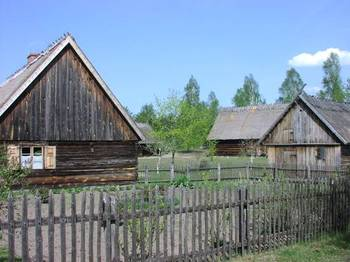 Zagroda kaszubska (skansen we Wdzydzach Kiszewskich) fot. B. Grabowska