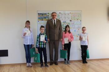 Zwycięzcy kategorii kl. V fot. B. Grabowska