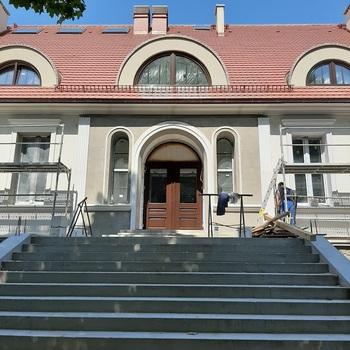 """Coraz bliżej do zakończenia budowy muzeum przyrodniczego Parku Narodowego """"Bory Tucholskie"""""""
